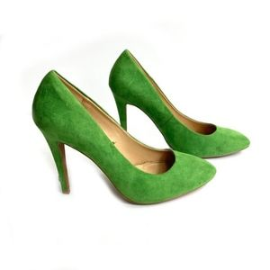 Zara Trafaluc Green Faux Suede Pumps